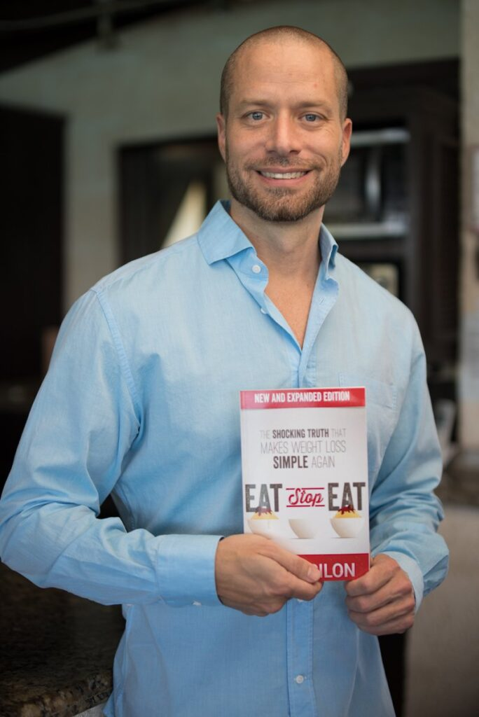 Brad Pilon eat stop eat protocolo de jejum intermitente